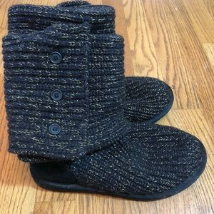 Ugg boots black and gold metallic knit boots 6